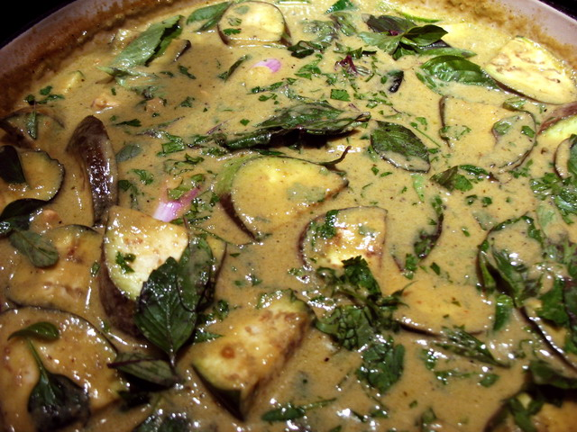 ... green curry green vegetable curry green apple curry eggplant green